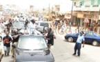 Arrêt sur image - Youssou Ndour fait vibrer le policier de la circulation