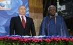 Lamine et Papa Massata Diack décorés par le Président Vladimir Poutine Pour…