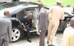 INSOLITE AU CONSEIL DES MINISTRES QUI SE DEROULE ACTUELLEMENT AU PALAIS : Les voitures des ministres sous sabot