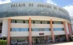 USURPATION DE FONCTION : L'étudiant de la Fac de droit se fait passer pour un avocat afin d'assister son frère