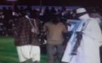 Vidéo – Quand Yayah Jammeh donne des cours de danse… Regardez