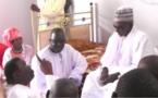 Video. Après avoir lui sauver, Regardez Comment Cheikh Bethio a fait sourire le khalife des Mourides
