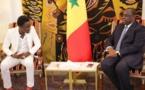 Le Président Sall offre 50.000 millions de francs CFA à Waly Seck