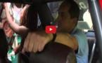 Vidéo: Un blanc escroc sa fiancée pour passer des vacances avec . . . Regardez !