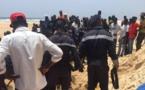 Vidéo-DRAME : Un laveur de voiture s'étouffe dans le sable, le trou qu'il avait creusé s'était refermé sur lui…Regardez