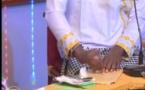 Vidéo- Incroyable, Ndiaga de Walf TV fabrique des billet de 10.000 FCFA…Regardez