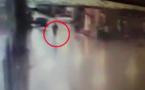 VIDEO - Attentat à l'aéroport d'Istanbul : Un policier tire sur un Kamikaze... avant qu'il s'explose