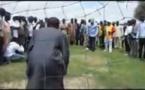 Vidéo – Abdou Mbow (député) se transforme en gardien de but et défie le ministre Mame Mbaye Niang