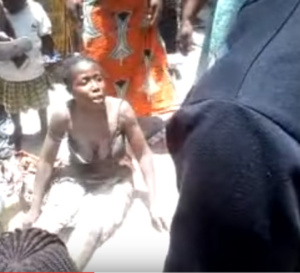 Vidéo MDRRR: Son mari prend une niarel, elle veut se suicider