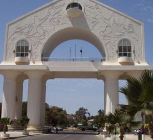 Gambie : Un Sénégalais arrêté pour 2 meurtres, 4 viols et 4 incendies