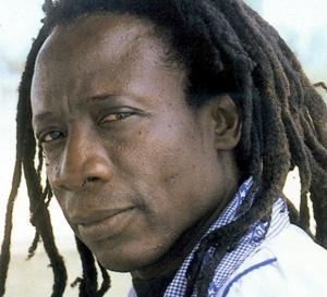 Yaya, Mugabé, Macky, gays, lesbiennes : Ouza frappe fort