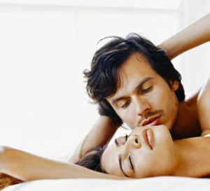 10 façons d'exciter une femme au lit