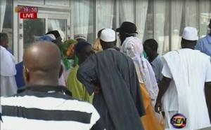 Vidéo- Mecque 2016: Encore des pèlerins bloqués à l'aéroport de Dakar!