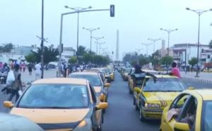 Vidéo-Regardez comment les chauffeurs et propriétaires de taxi ont rendu hommage à Ibrahima Samb