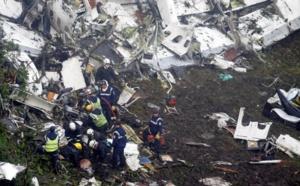 Crash d'avion en Colombie: la planète football en deuil