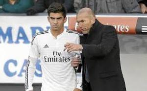 Le fils ainé de la légende du Real Madrid a inscrit son premier but lors de ses débuts avec son club. Lancé par son père.