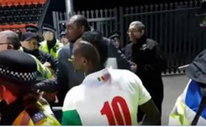 Vidéo: match amical Sénégal – Nigeria, Malmené pour un selfie, Sadio Mané s'énerve et…