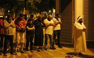 Un véhicule fauche des musulmans alors qu'ils quittaient une mosquée à Londres