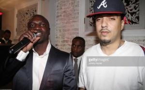 French Montana accuse Akon de lui avoir offert une fausse…