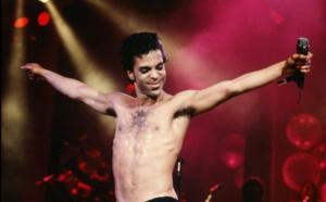 Révélations de l'autopsie Prince: Le chanteur serait mort plusieurs heures avant qu'on ne retrouve son corps