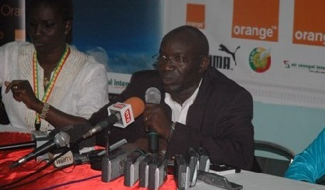FOOTBALL: Lamine Ndiaye prolonge son contrat jusqu'au 31 octobre