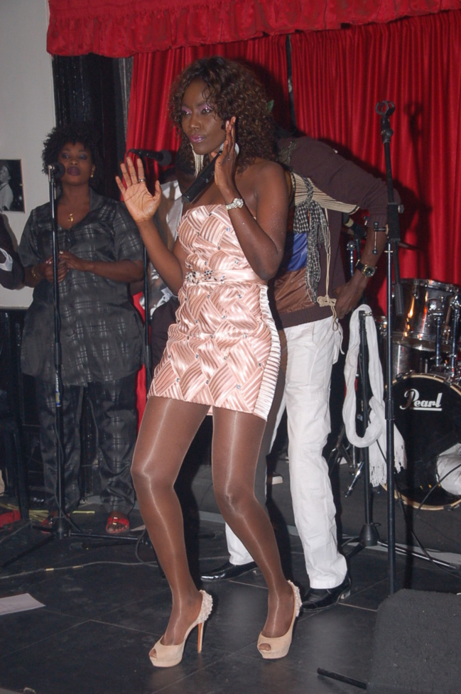 Coumba Gawlo belle et sexy au Must