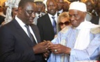 Un moment inédit entre Macky Sall et Me Abdoulaye Wade .